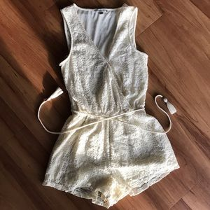 Other - American Eagle Romper